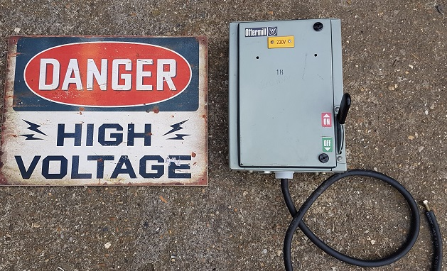 high voltage danger notice